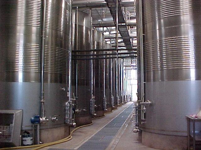 TURN-KEY WINERY (BADAJOZ) WITH A TRANSFORMATION CAPACITY OF 3,000,000 KILOS